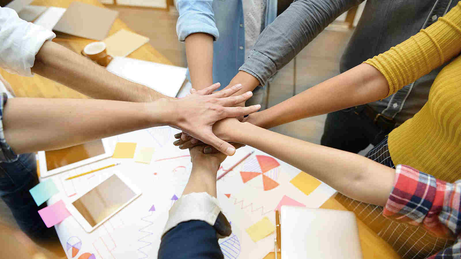 SmartBrains-Teamwork – Building-Leading-Effective-Teams-Online-Workshop-Training_certification-Noida-Mumbai-Chennai-Dehradun-Pune-Chennai